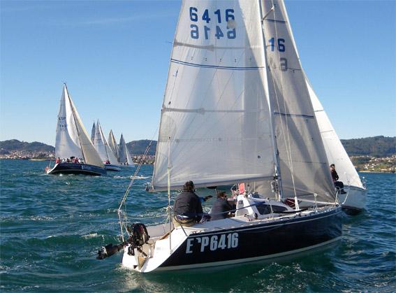 1ª etapa de la regata Puerto de Vigo © RCN Vigo