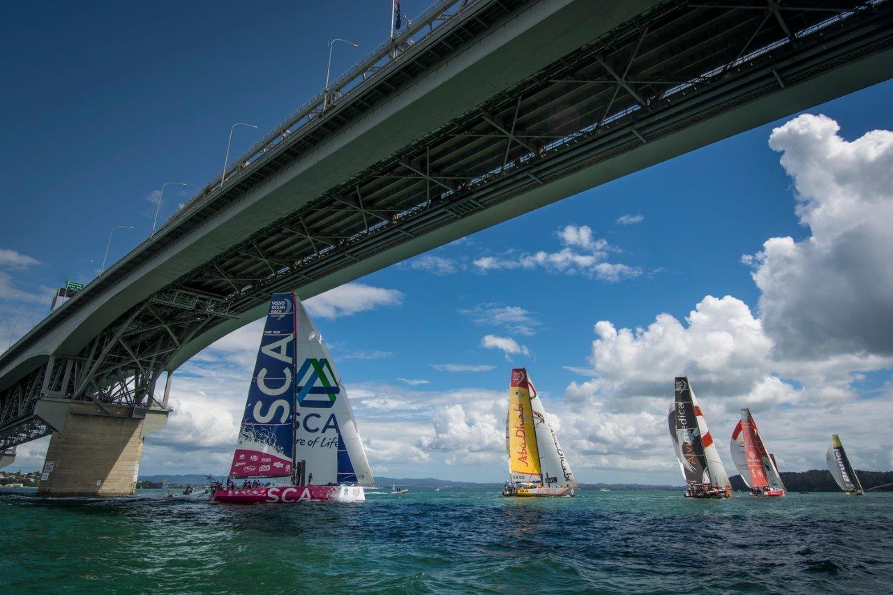 Regata de entrenamiento © Marc Bow / Volvo Ocean Race