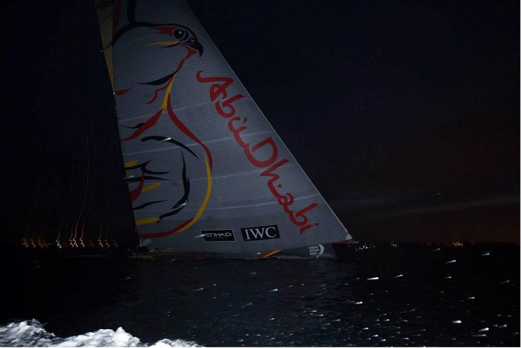 El Azzam cruzando la línea de llegada © Ian Roman/Abu Dhabi Ocean Racing