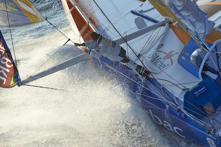 Jean-Pierre Dick a bordo del nuevo StMichel-Virbac © StMichel-Virbac Sailing Team