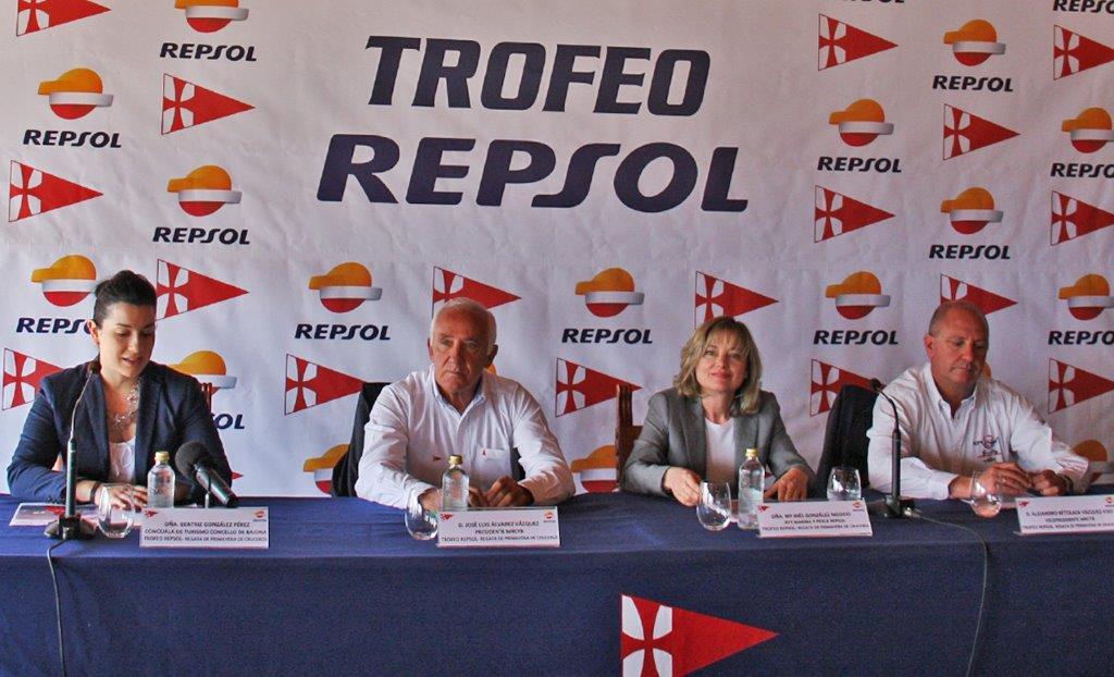 Intervención de Beatriz González concejala de turismo en Baiona - Foto Carlos Rúa