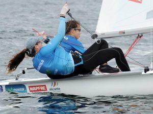 Silvia Mas y Paula Barceló ya lideran el Mundial de 470 F Junior en Kiel