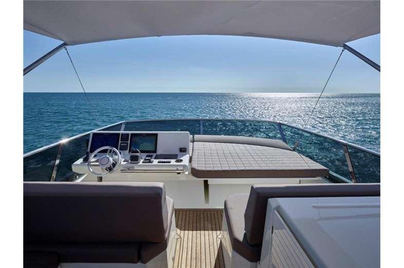 prestige-yachts-division-630-interior-5-boat-barco