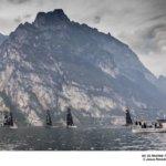Jornada sin viento en el Lago de Garda © Jesús Renedo / GC32 Racing Tour