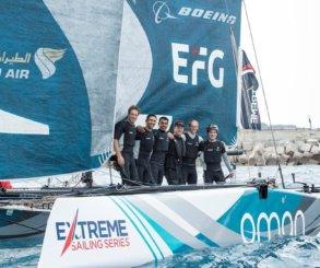 Oman Air gana el cuarto Acto de Extreme Sailing Series™ en Barcelona y SAP Extreme Sailing Team lidera la general de la temporada