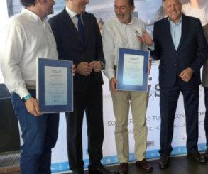 El Real Club Nautico de Sanxenxo recibe la distinción de Galicia Calidade de la Xunta de Galicia